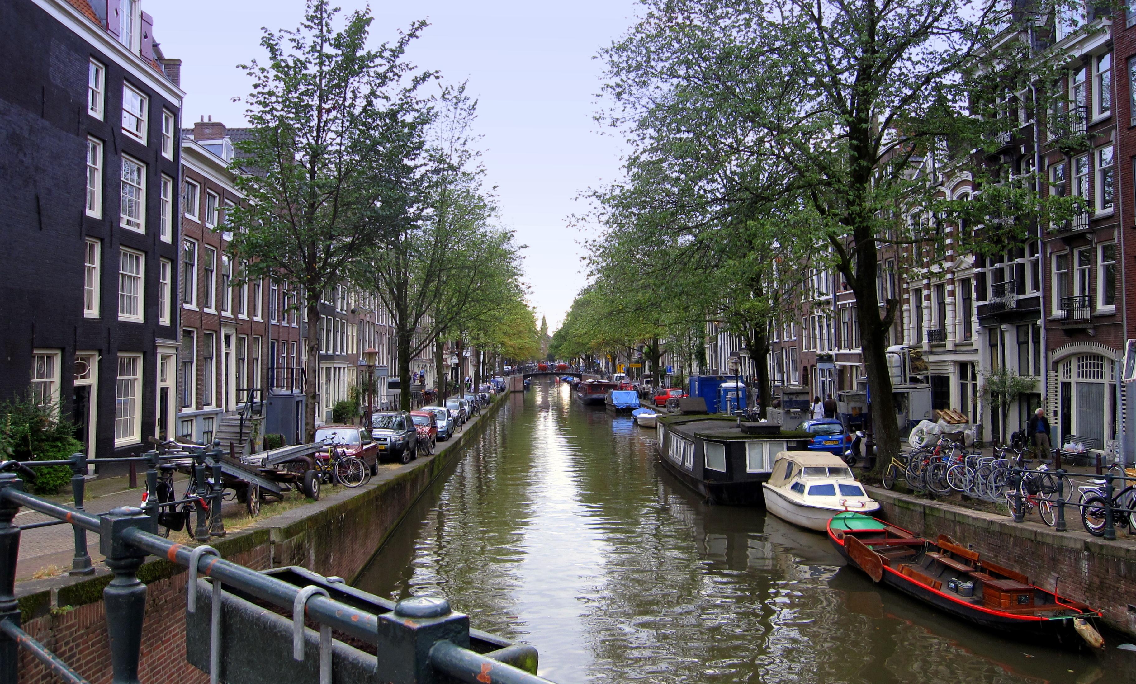 Amsterdam consigli di viaggio for Dormire a amsterdam consigli